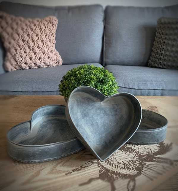 Set Of Three Metal Heart Trays