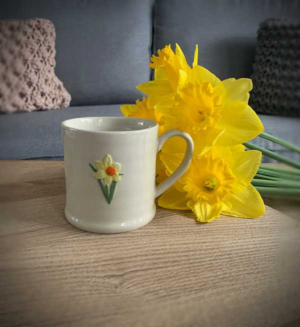 Ceramic Daffodil Mini Mug