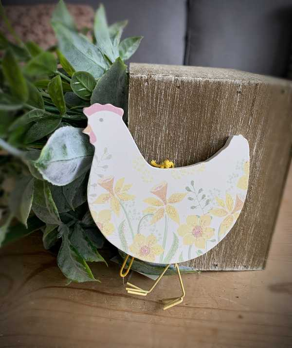 Daffodil Hanging Easter Chicken