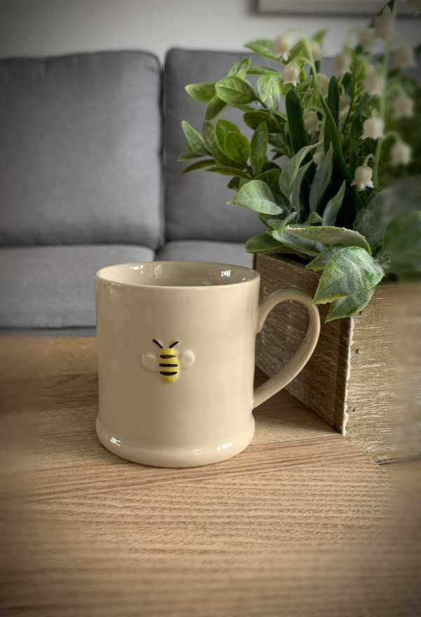 Ceramic Bee Mini Mug